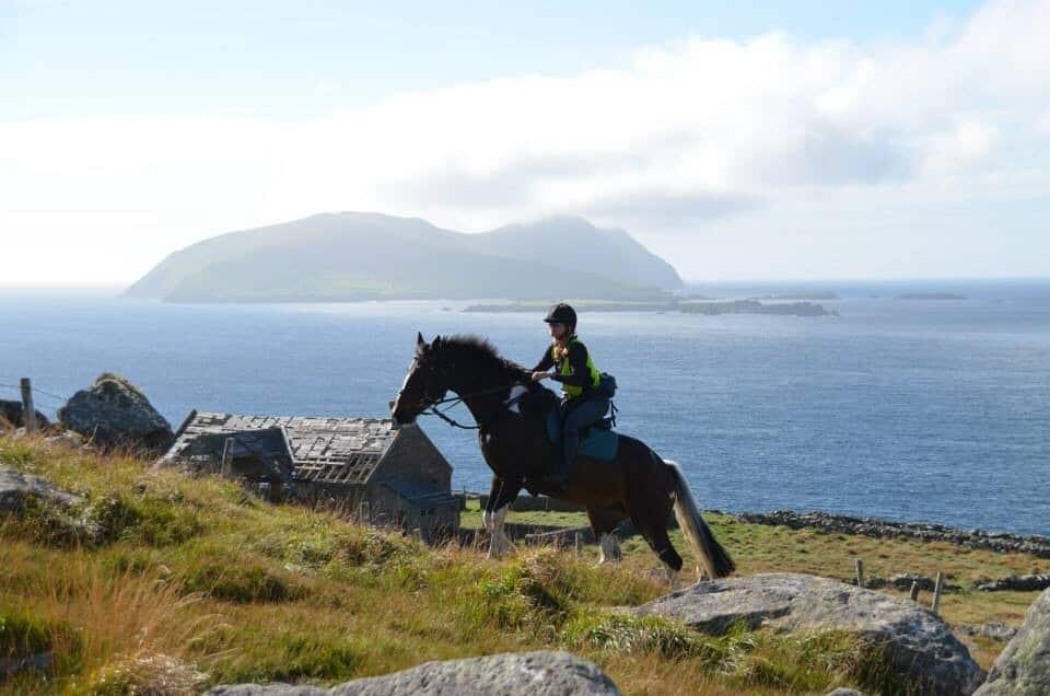 Dingle peninsula horseback riding